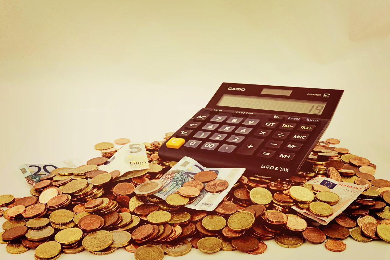 Qual melhor forma de ganhar dinheiro na internet